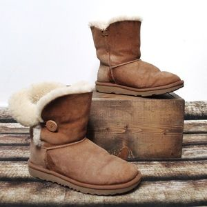UGG Tan Short Sheepskin Lined Winter Boots Size 4